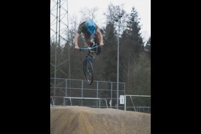 Chaney Guénet, Sponsoring Voodooride, VTT pump track rider
